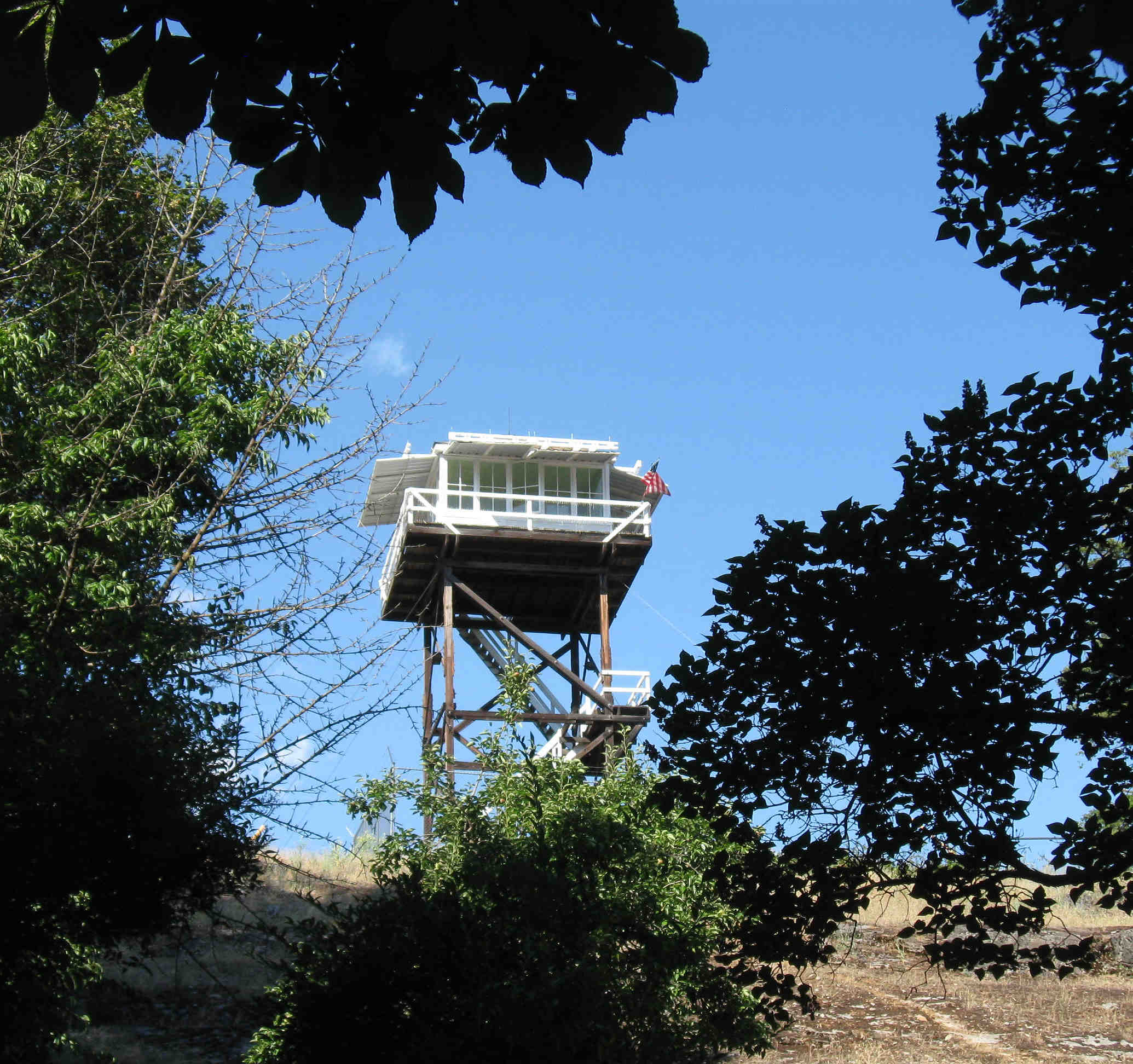 Graves Mountain lookout tower