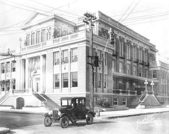 Cuban Club in 1925