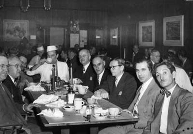 A club dinner party in 1949