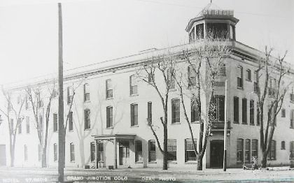 This historic photo of the St. Regis Hotel was taken shortly after the west wing of the building was added in 1906.