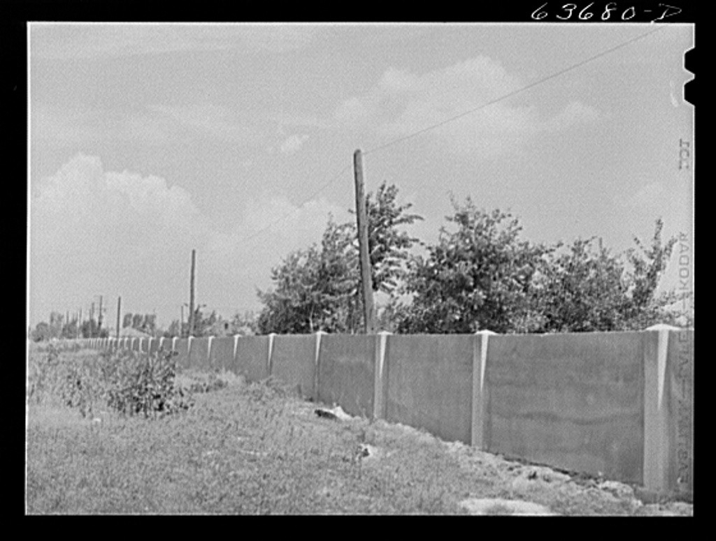 The wall when it was originally built in 1941