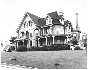The home as it once looked.