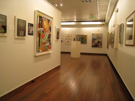 Inside the gallery (image from Explore Nashville Art)