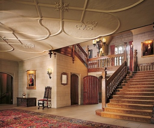 The main entrance with grand staircase