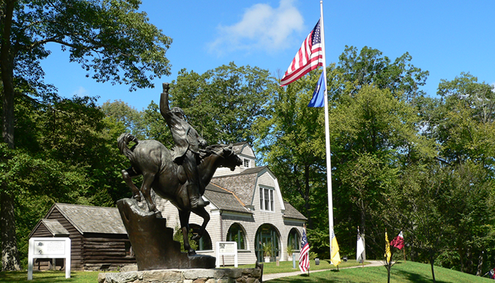 Monument to Israel Putnam, who served as a Major General during the American Revolution.  It stands in front of the park's Visitor Center (Courtesy of the Putnam Memorial State Park)