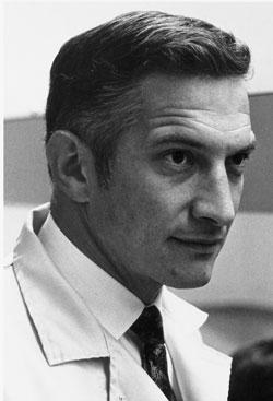 Dr. Robert Noyce (1927-1990)