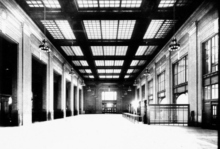 Historic photo of the boarding area (image from the Detroit Public Library)