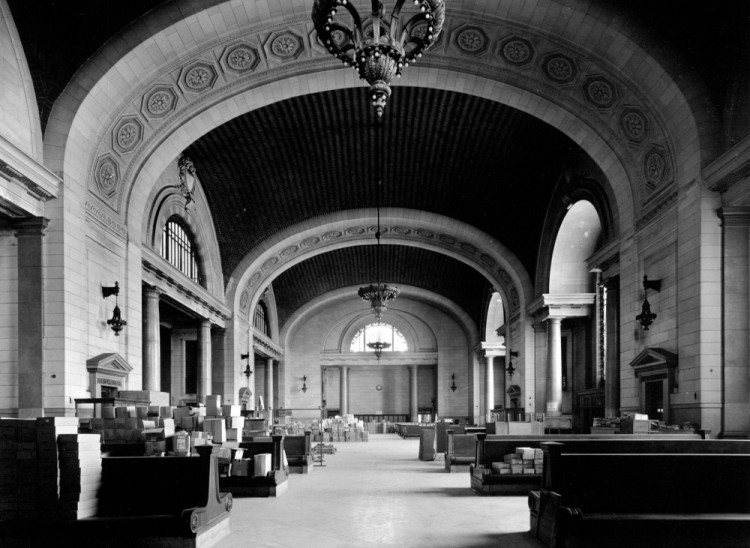The waiting room (image from the Detroit Public Library)