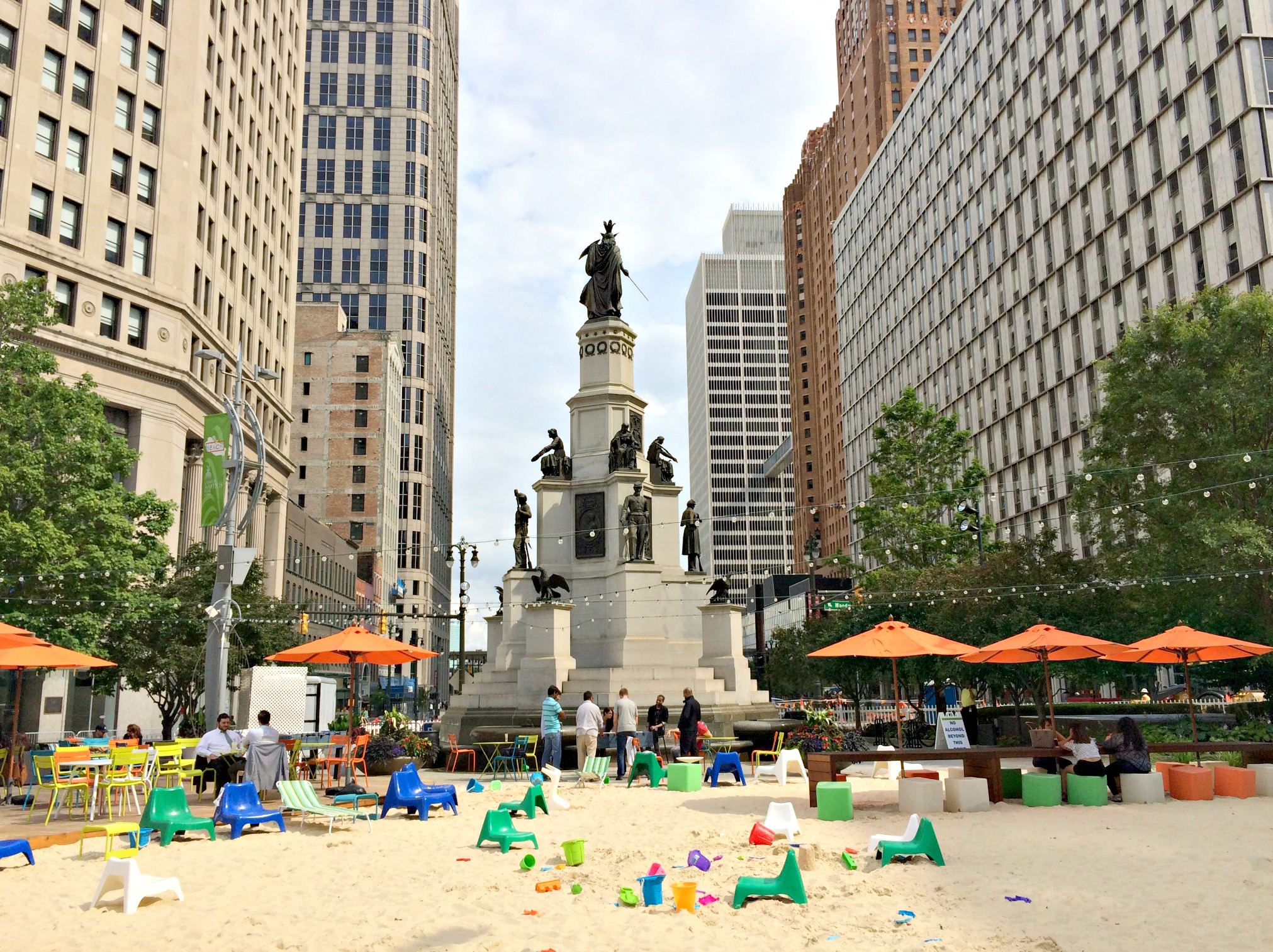 Summer in Martius Park, with Soldiers and Sailors Monument (image from Life in Leggings Blog)