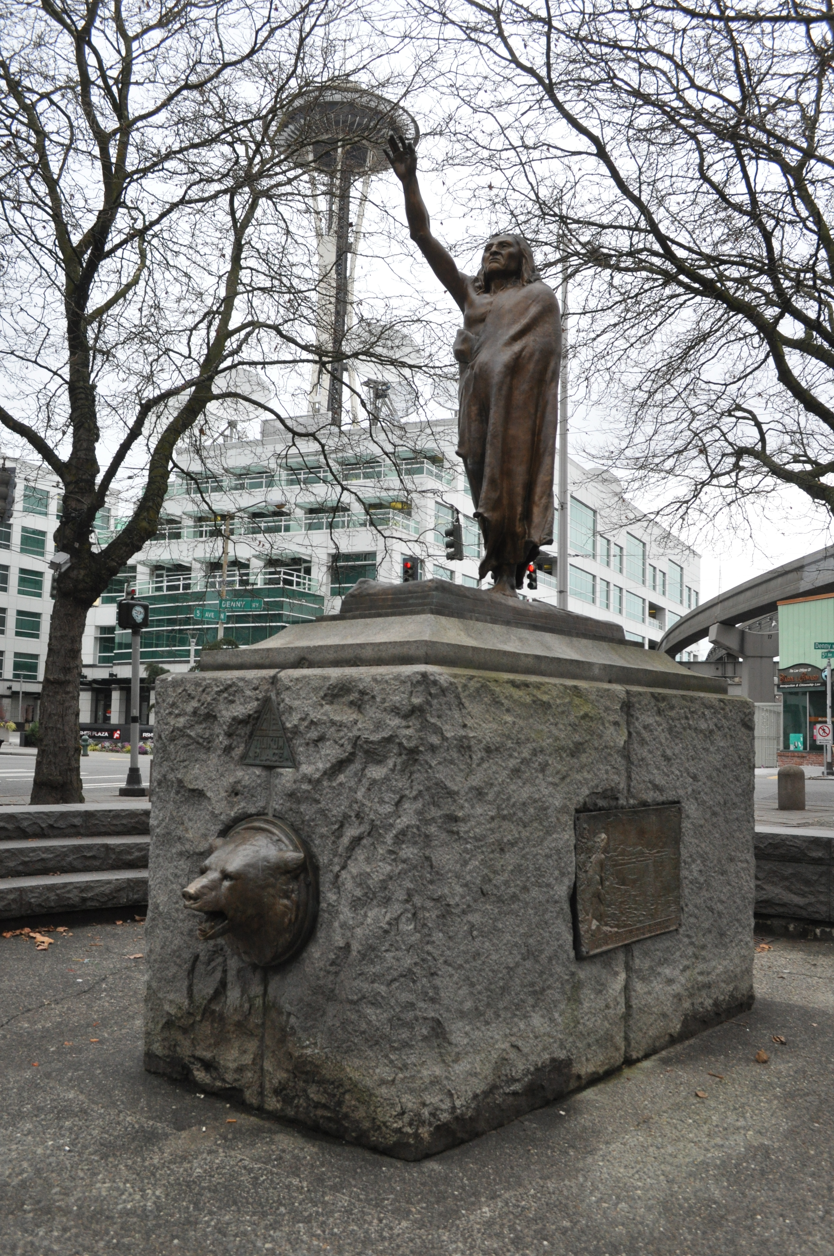 Chief Seattle Statue at Tilikum Place Park (image from Wikimedia Commons)