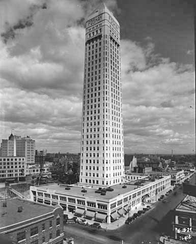 Foshay Tower shortly after its completion in 1929.