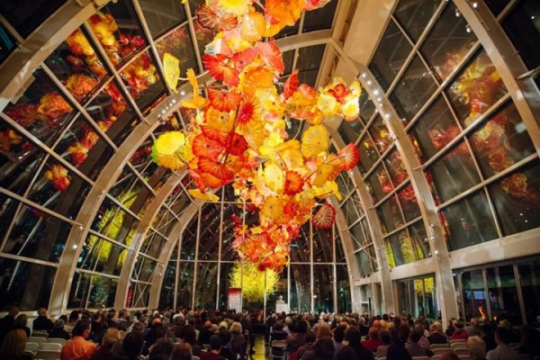 Chihuly Glasshouse during a lecture (image from Chihuly Garden and Glass)