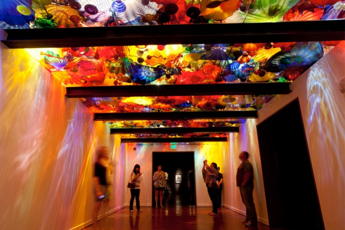 One of the galleries (image from Chihuly Garden and Glass)
