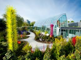 Garden with glasshouse overview (image from Chihuly Garden and Glass)