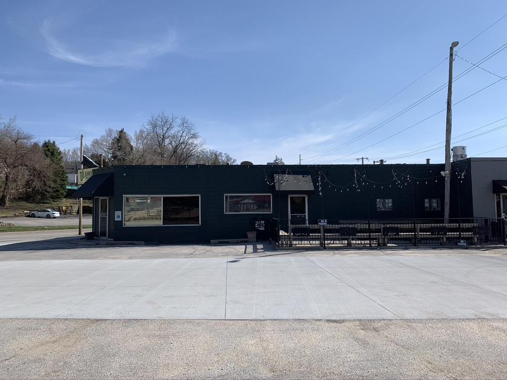 O'Leavers Pub