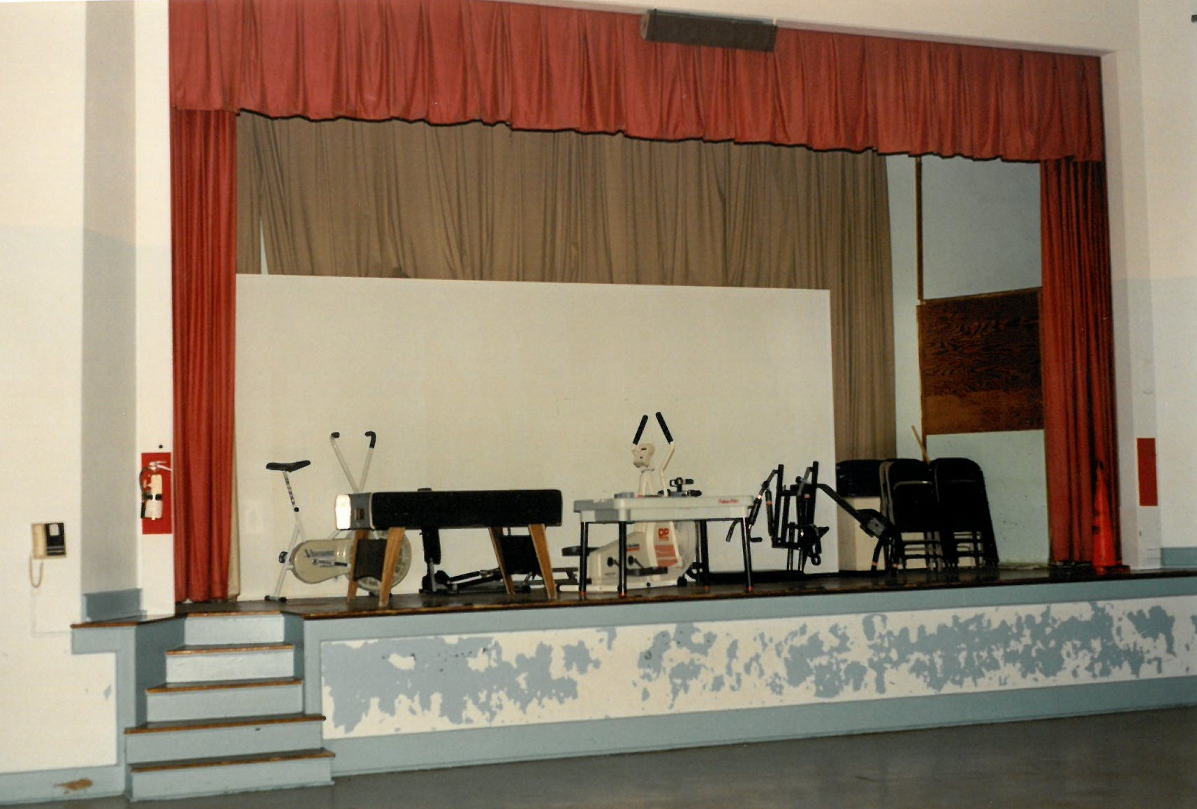 A view of the Court House Elementary School's auditorium.