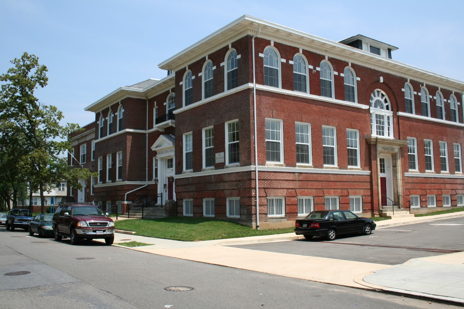 A view of the school post-1999 renovations.