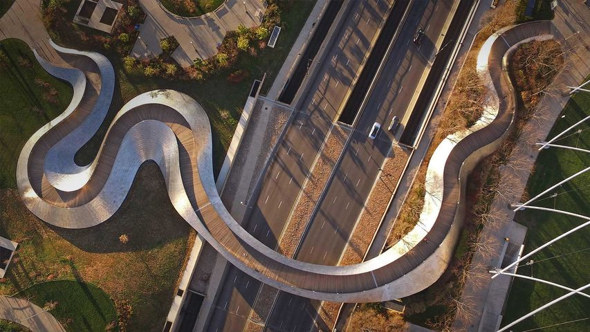 Infrastructure, Landscape, Landmark, Metropolitan area