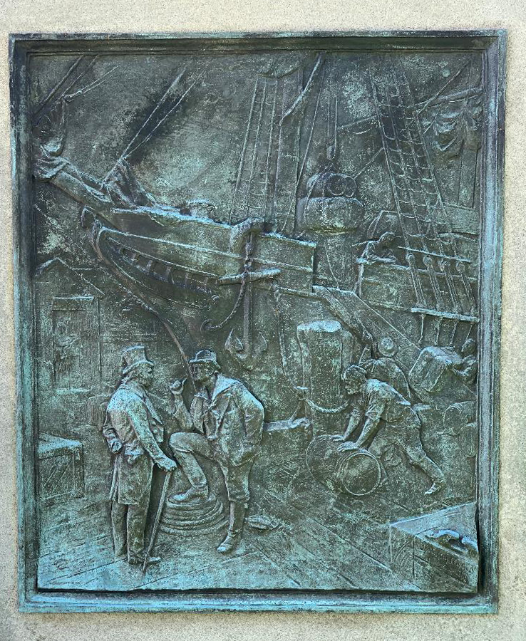 Mariner & merchant bas relief