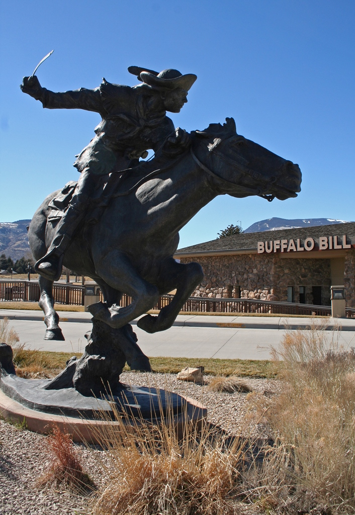 Bill Cody-Hard and Fast all the Way, Peter Fillerup sculpture on the grounds of the Buffalo Bill Center of the West