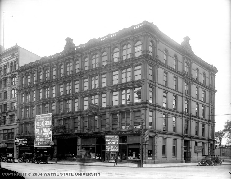 The Grand Circus Building, was built by David Whitney, Jr in 1887 and replaced by the David Whitney Building