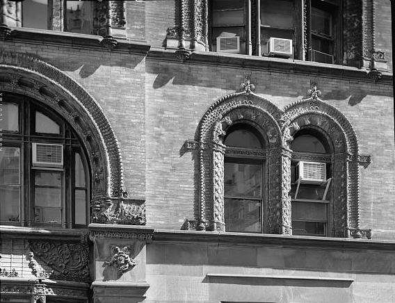 Kimball lavished terra cotta ornamentation on the facade -- photo Library of Congress