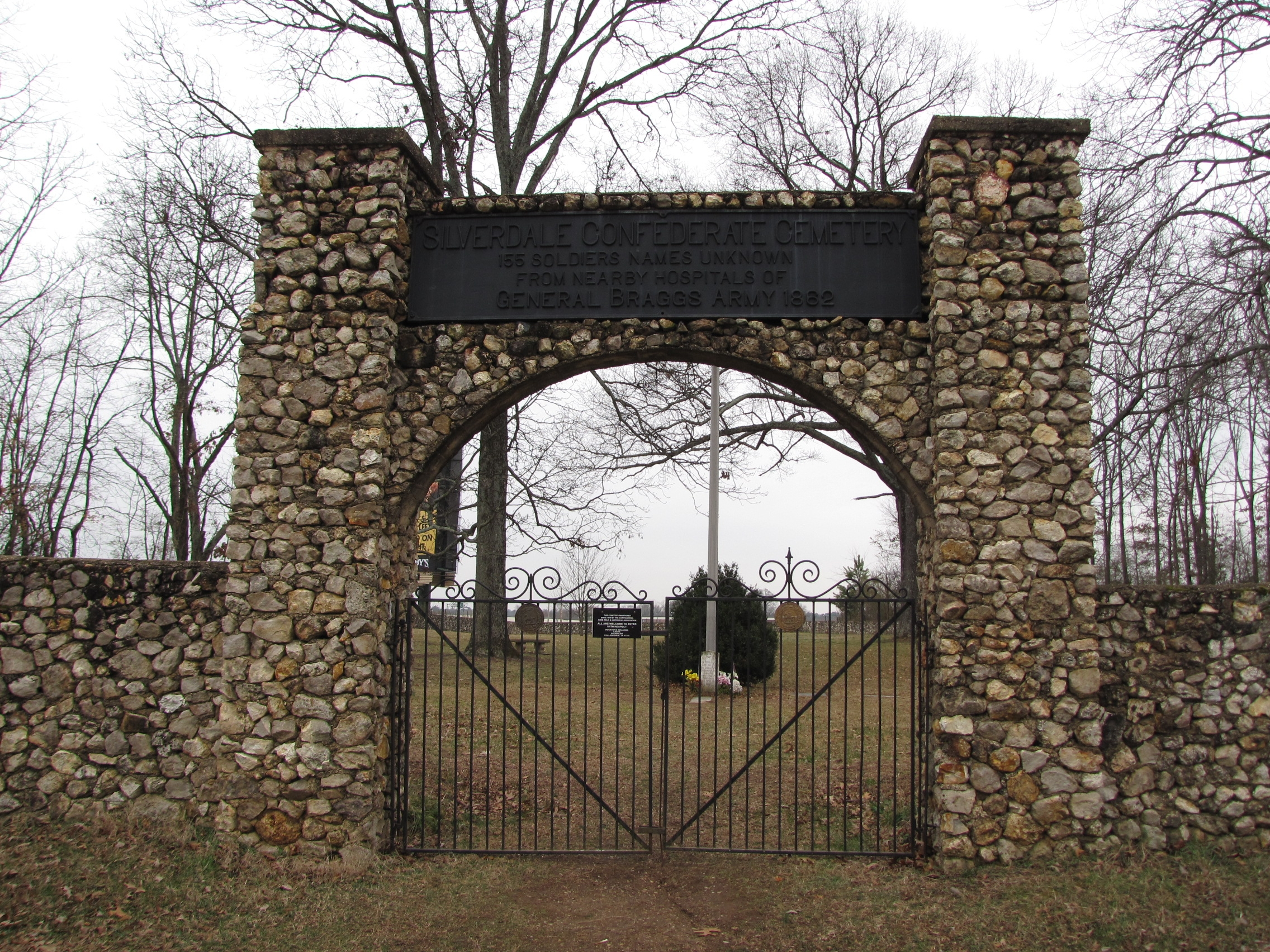 Entrance to the Cemetery. (Photo by Lee Hattabaugh)