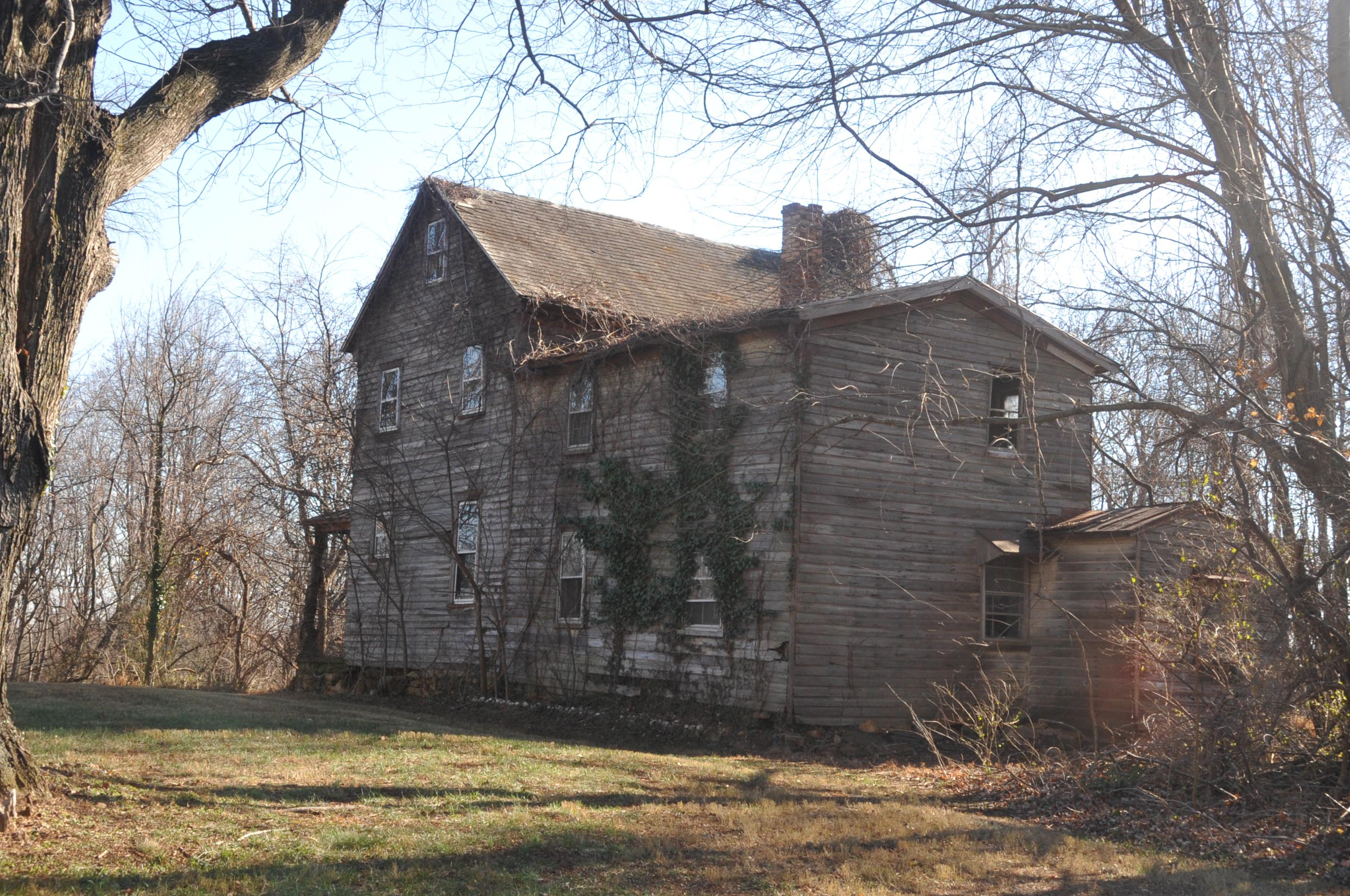A view of the home in 2007 ((By Jerrye & Roy Klotz, MD (Own work) [CC BY-SA 3.0 (http://creativecommons.org/licenses/by-sa/3.0)], via Wikimedia Commons))