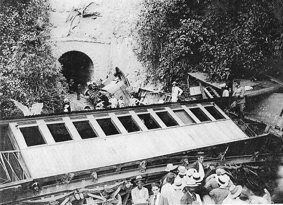 The accident of The Black Tunnel in 1910 where dozens of people died. This was the biggest impact in the history of the railways of Puerto Rico.