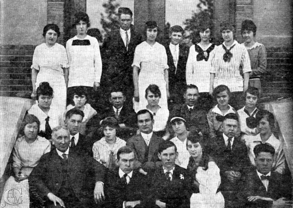 1917 graduating class of Cheney High School