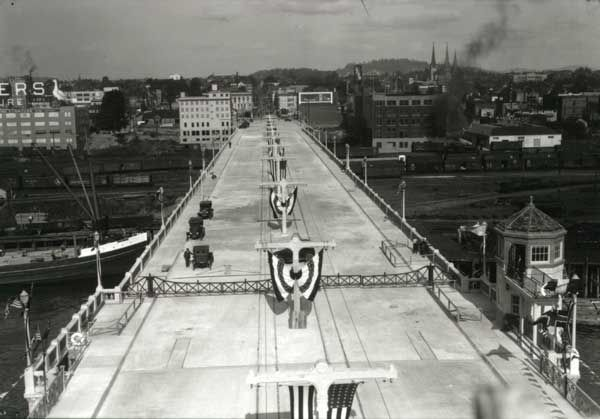 Burnside Bridge 1926 (pinimg.com)