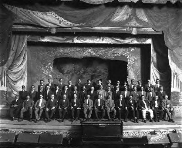 Centro Asturiano members in 1923