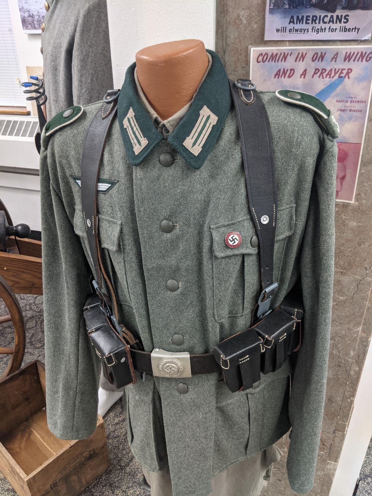 Dress shirt, Military uniform, Street fashion, Sleeve