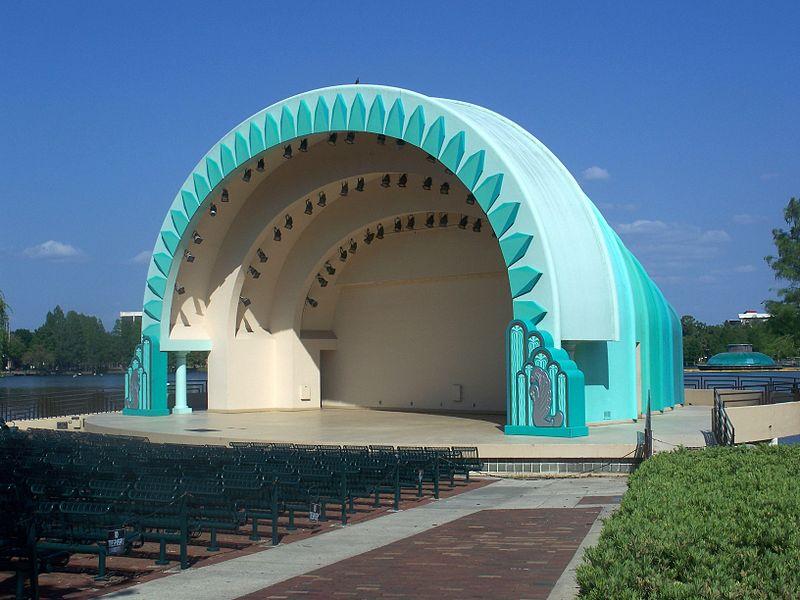 The Walt Disney Amphitheatre hosts concerts year-round. Image obtained from https://s-media-cache-ak0.pinimg.com/originals/e1/31/49/e1314959db260e5edbd4787b2246a3b5.jpg.