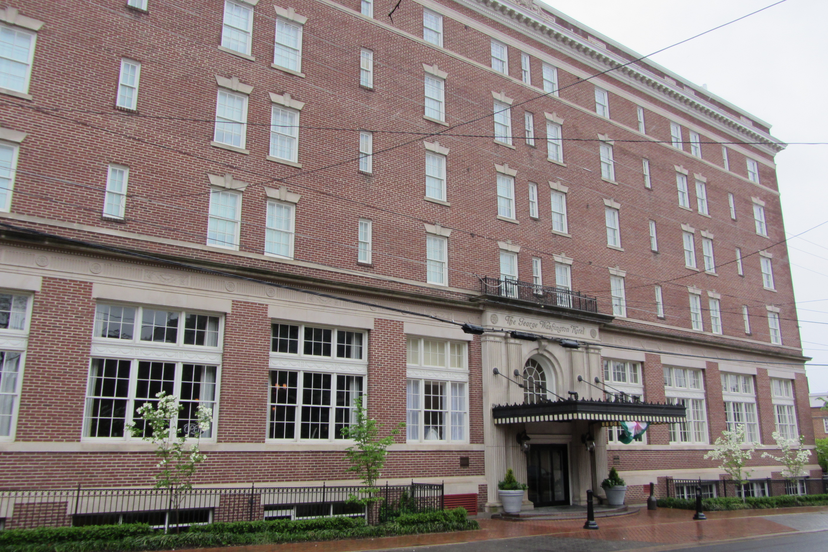 Exterior view of The George Washington Hotel