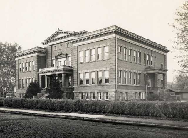 First Ward School in 1945