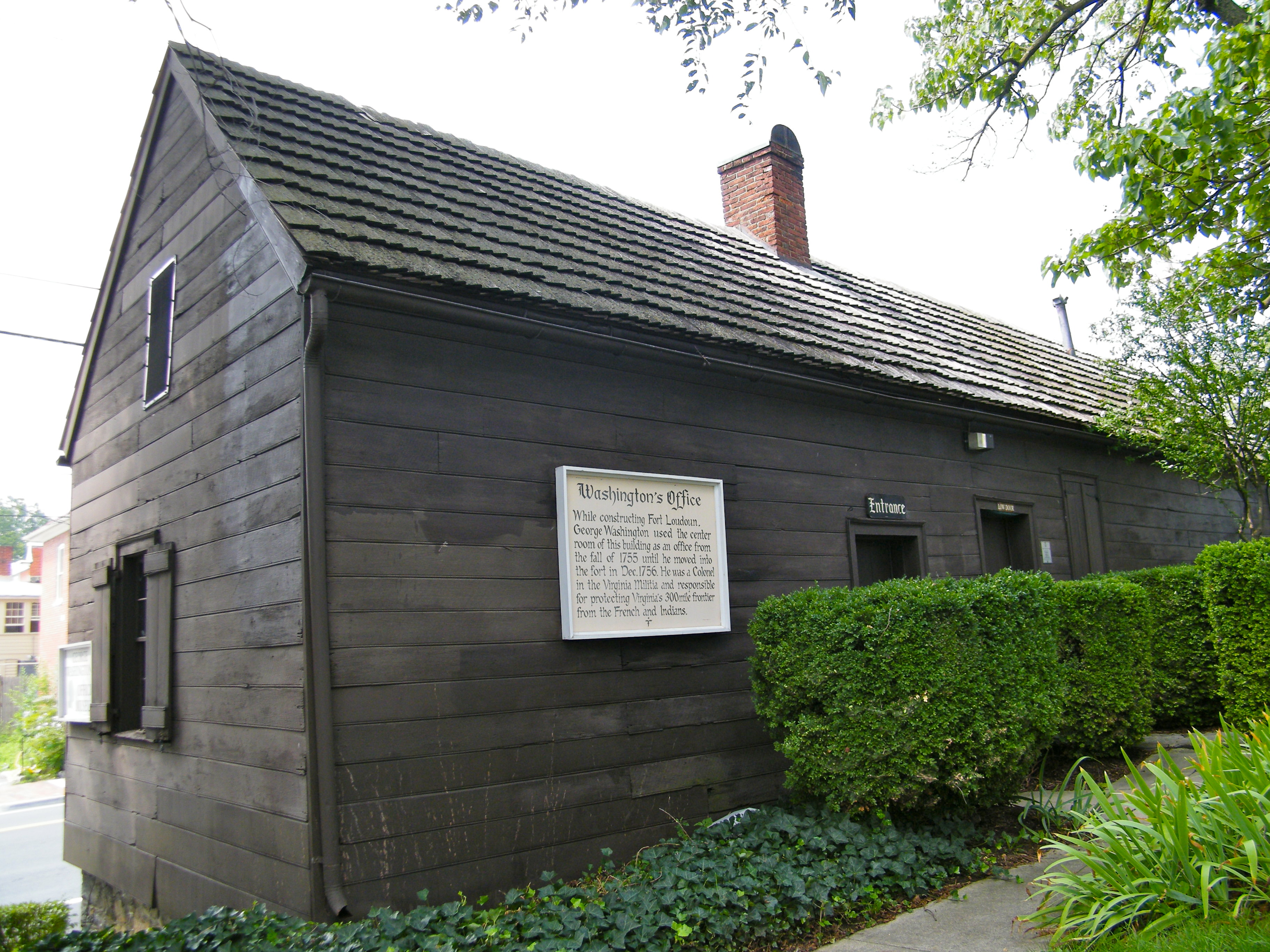 Exterior view of George Washington's Office, Winchester, Virginia. Image by Sarah Stierch - Own work, CC BY 4.0, https://commons.wikimedia.org/w/index.php?curid=16432238
