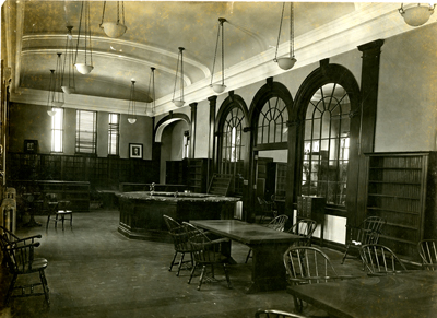 1920s-1930s photo of library's interior