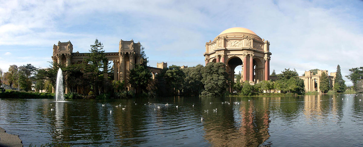 This Palace of Fine Arts was built in 1915 for the Panama-Pacific Exposition to showcase artwork. It remains a popular attraction for locals and tourists alike.