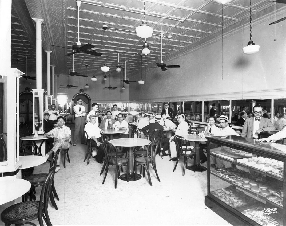 Dining Room in 1929