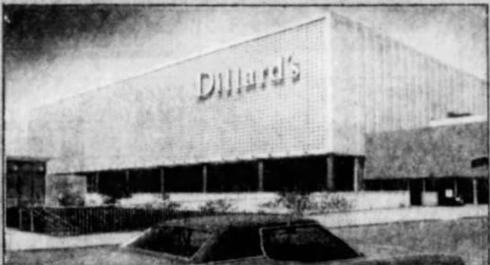 Dillard's store at River Roads Mall - Jennings, Missouri, 1986