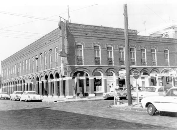 El Pasaje/Cherokee Club in the 1960s