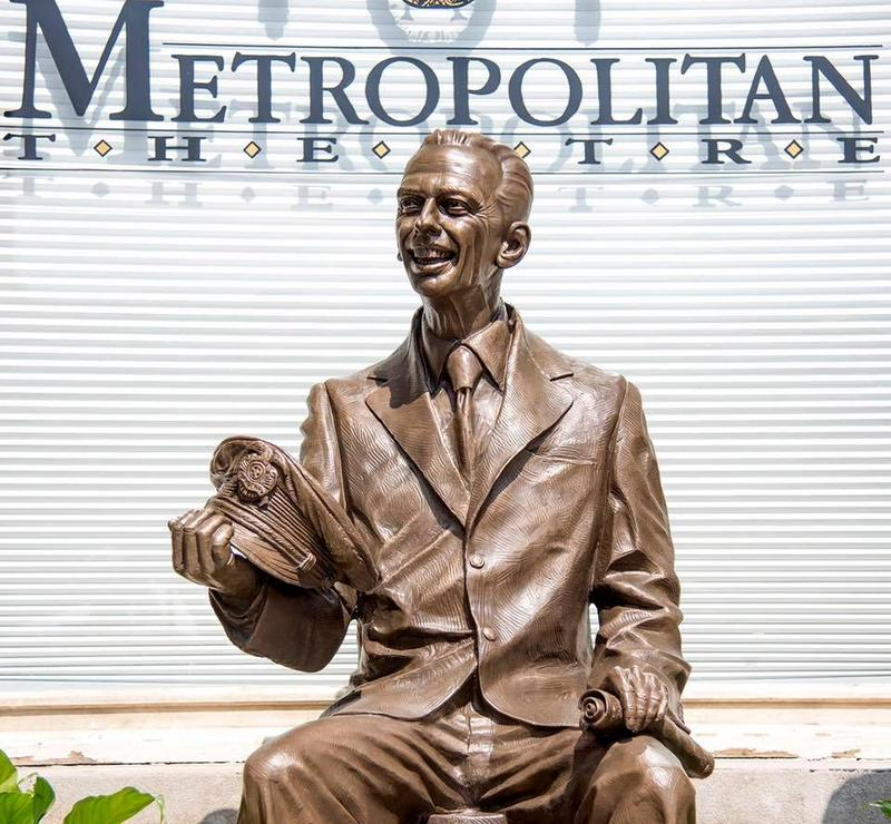 Statue of Don Knotts in from of the Metropolitan Theatre