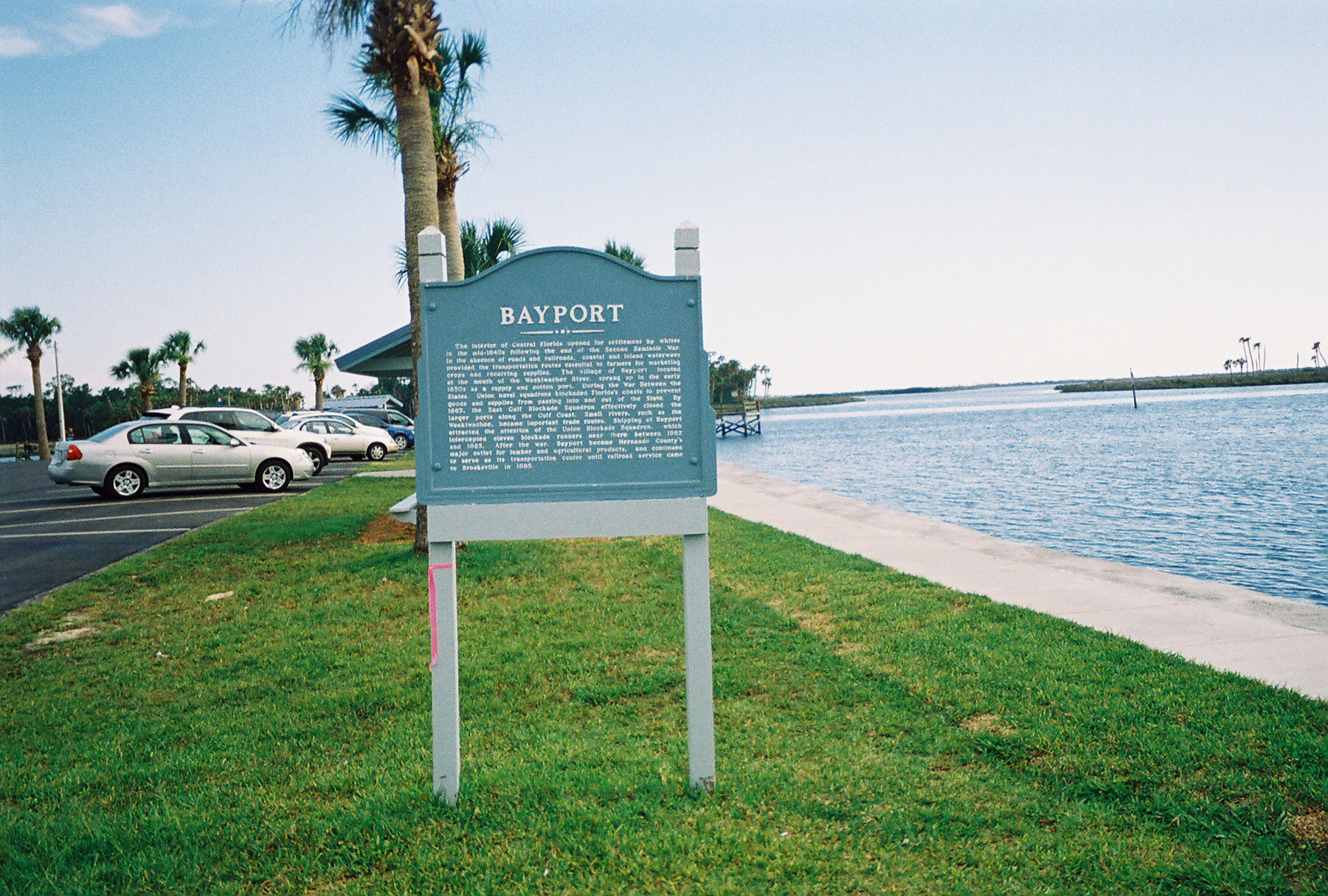 Historic plaque at the end of Hernando County Road 550, Bayport, Florida. Image by DanTD - Own work, CC BY-SA 3.0, https://commons.wikimedia.org/w/index.php?curid=4460682
