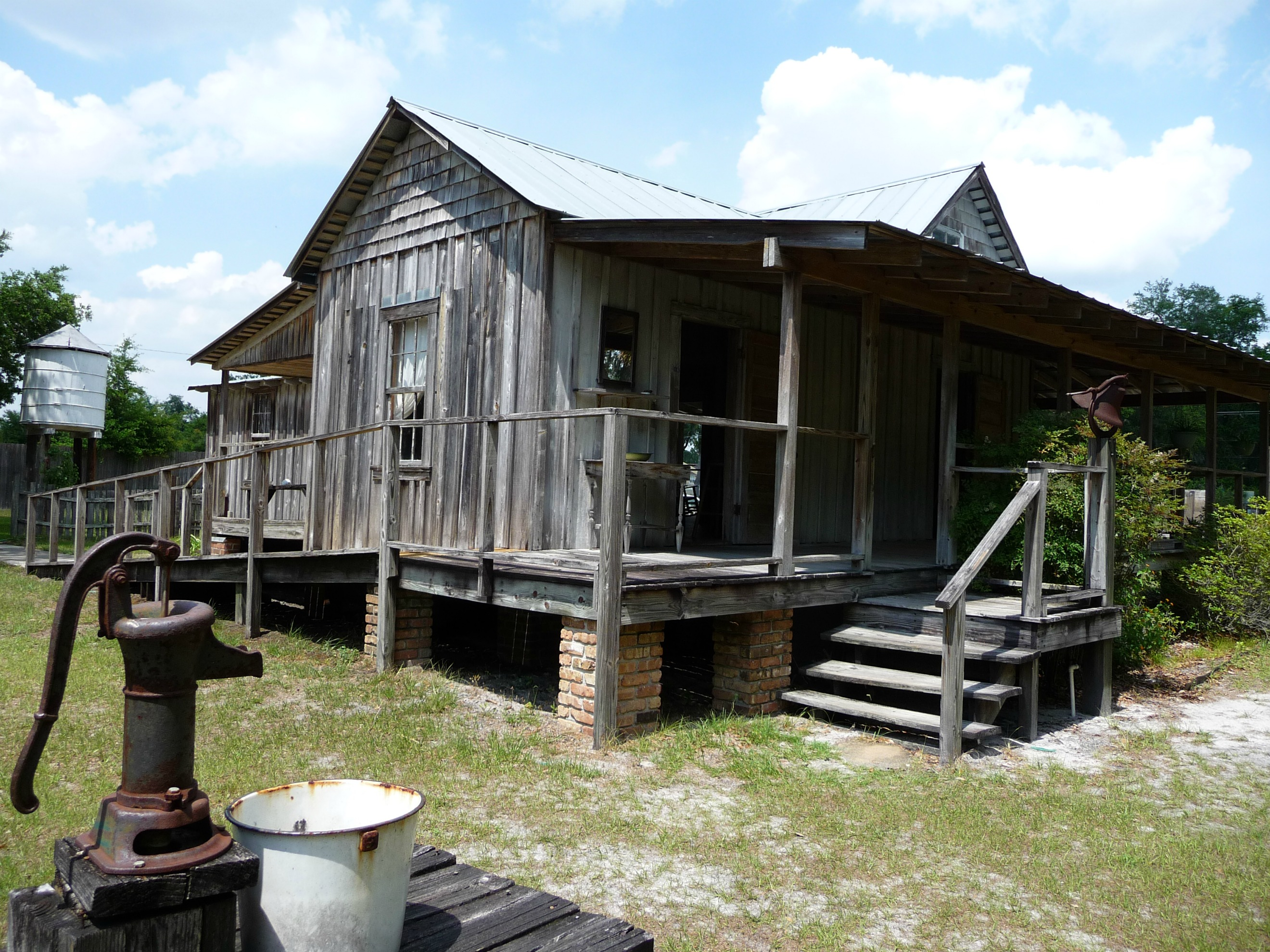 "The Lanier ""Cracker House"" at the Pioneer Village"
