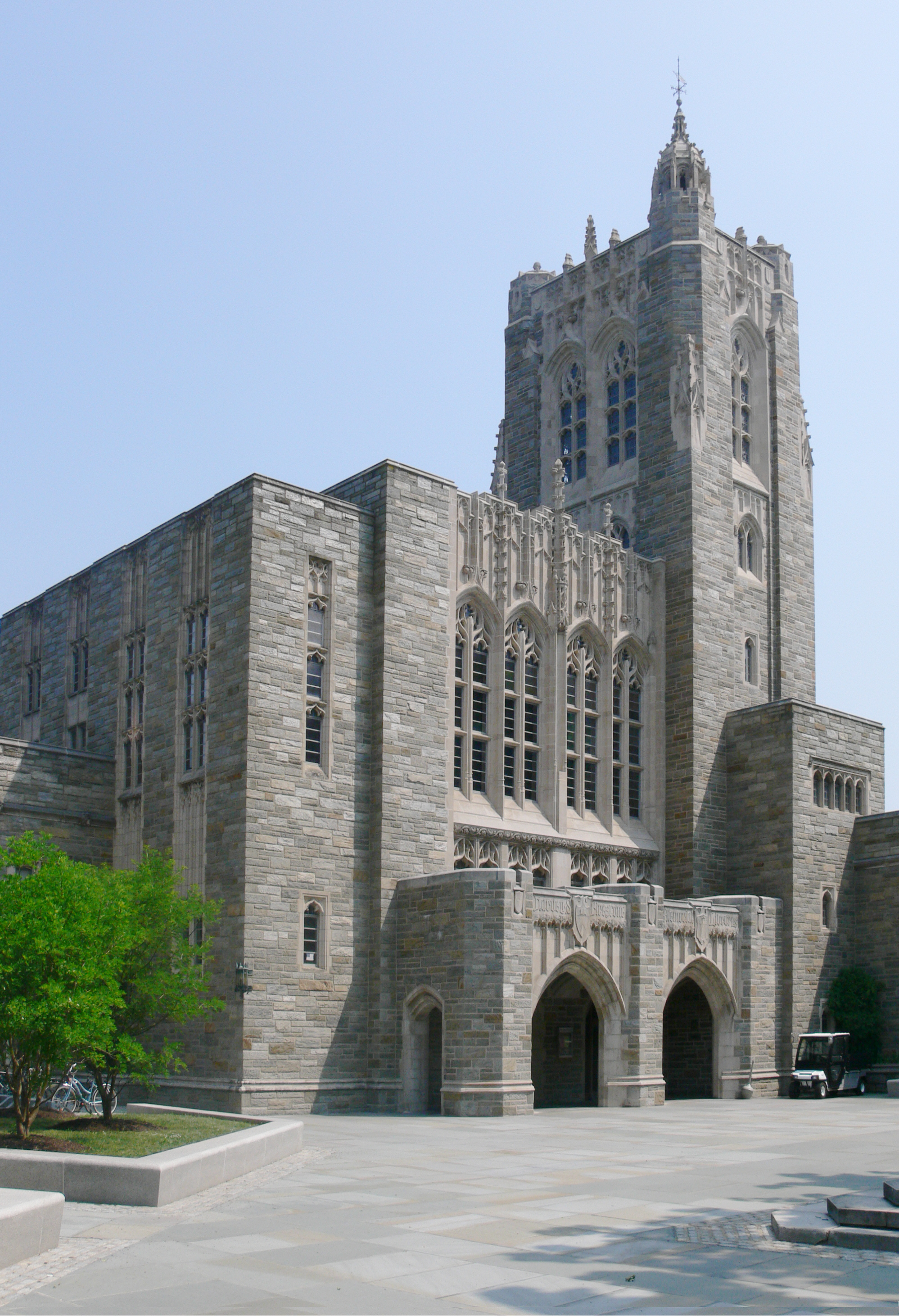 2007 Photo of the Harvey S. Firestone Memorial Library of Princeton University