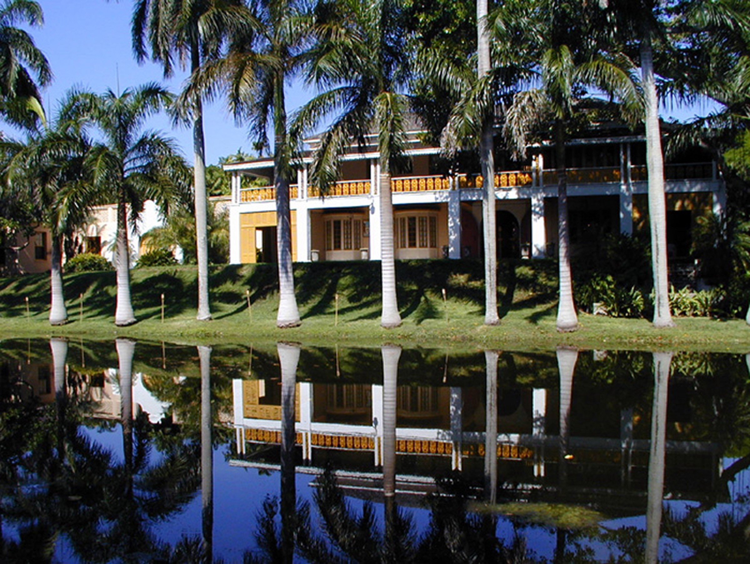 Gorgeous water-front view of part of the Bonnet House