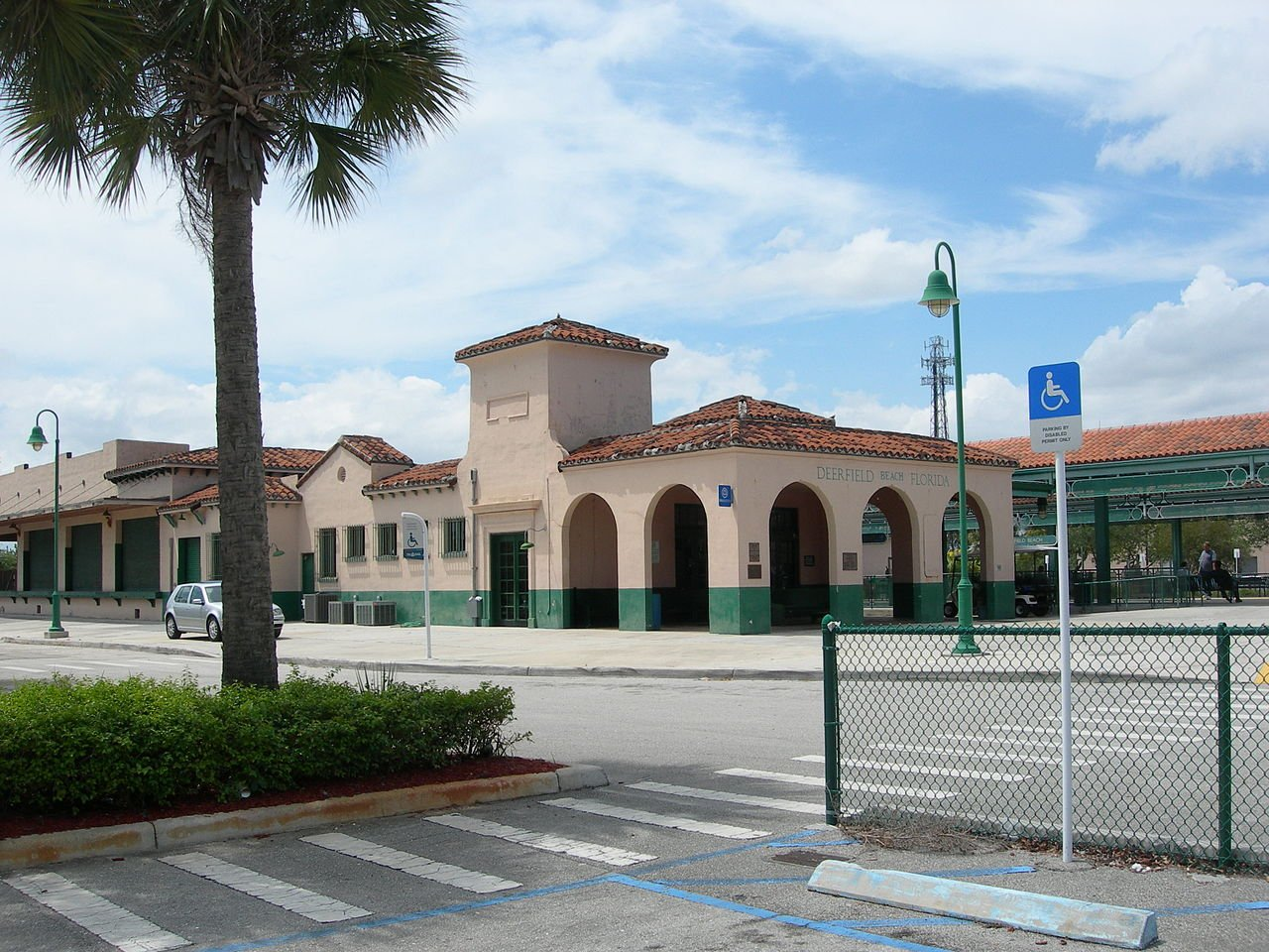 The Old Seaboard Air Line Railway Station was built in 1926 and as such is one of the oldest buildings in Deerfield Beach.