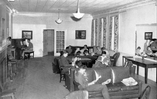 Sutton Hall lounge 1947