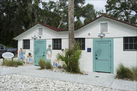 Pin Point Heritage Museum helps preserve the Gullah Geechee culture that emerged on the Georgia and South Carolina coasts in the 18th and 19th centuries.
